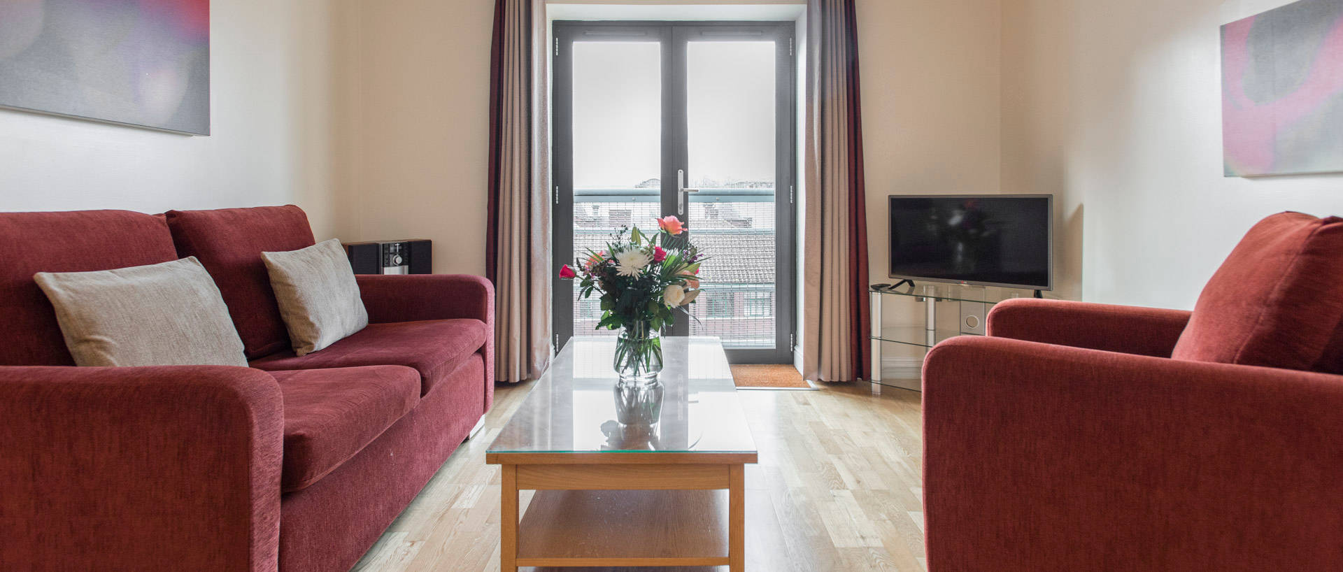 Spacious Serviced Apartments In The Beautiful City Of Bristol